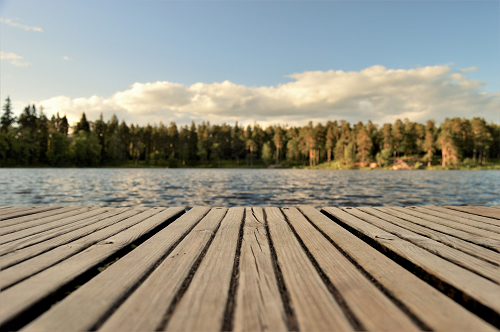 close up of a dock on a lake